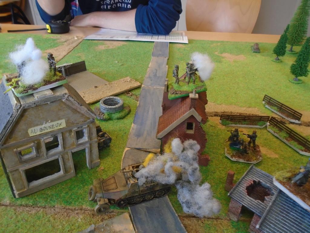 Partie blitzkrieg du 9 juin-décembre 44. Dsc07512