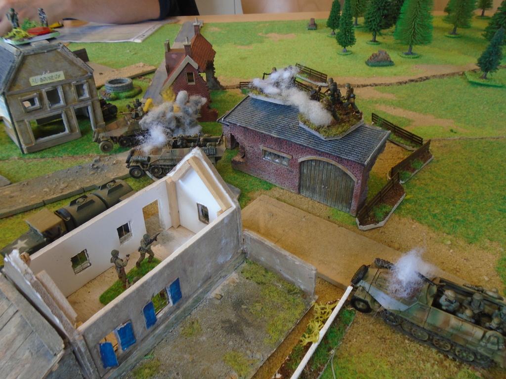 Partie blitzkrieg du 9 juin-décembre 44. Dsc07514