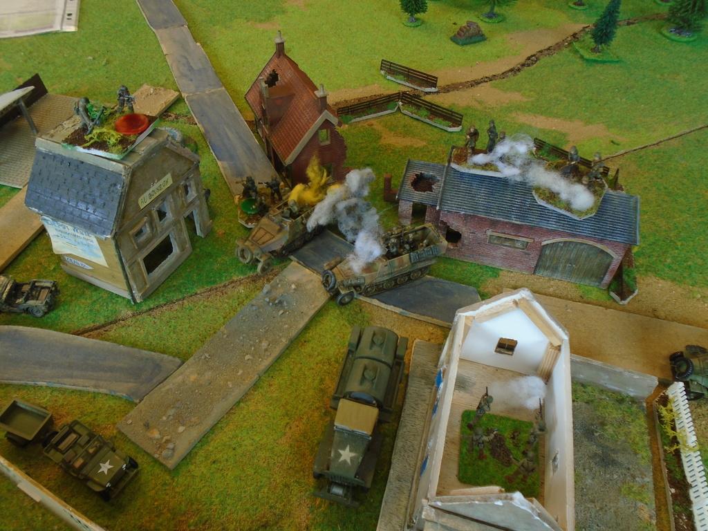 Partie blitzkrieg du 9 juin-décembre 44. Dsc07518