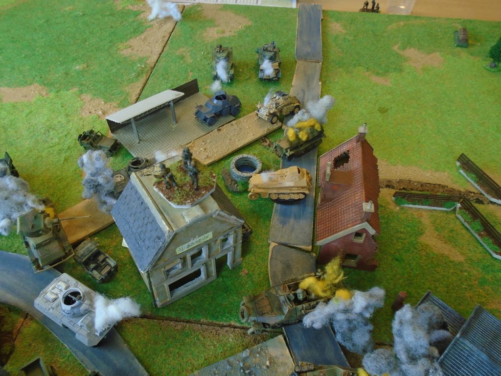 Partie blitzkrieg du 9 juin-décembre 44. Dsc07526