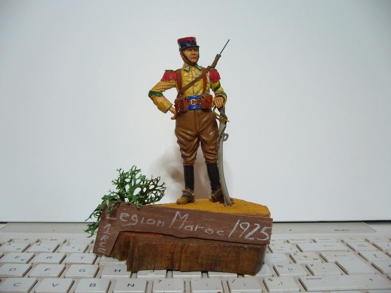 Brigadier du 1er Régiment de Cavalerie de la Légion Etrangère - 1925  FINI - Page 6 P1030732