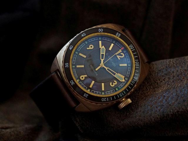 G. Gerlach: la montre polonaise! - Page 38 G-gerl10