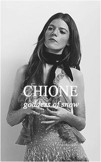 GALERIE DIVINE Chione10