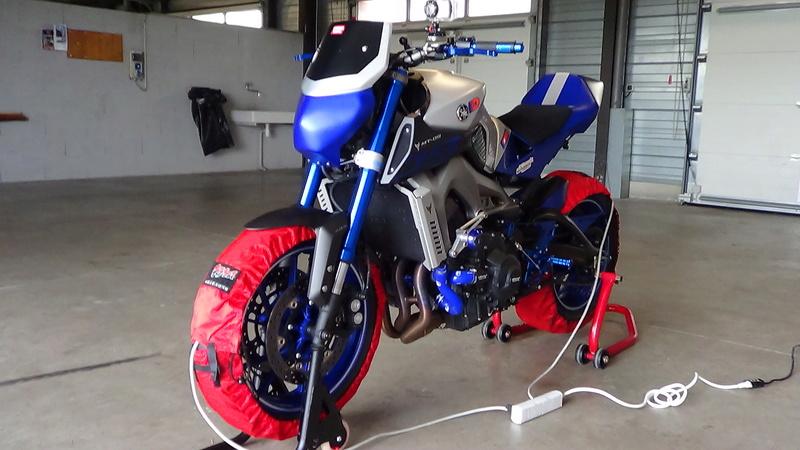 Photos de toutes les Yamaha MT-09 du forum ! :) - Page 22 Dsc01817