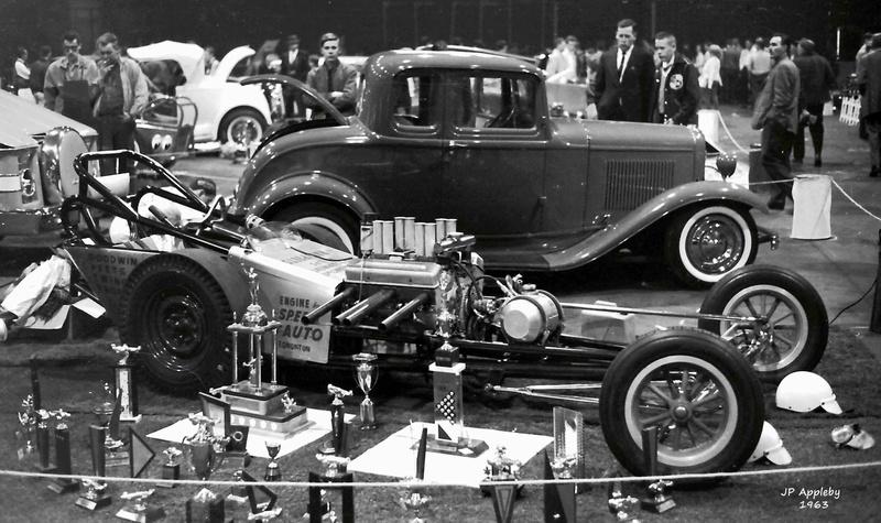 Vintage Car Show - Page 17 12901110