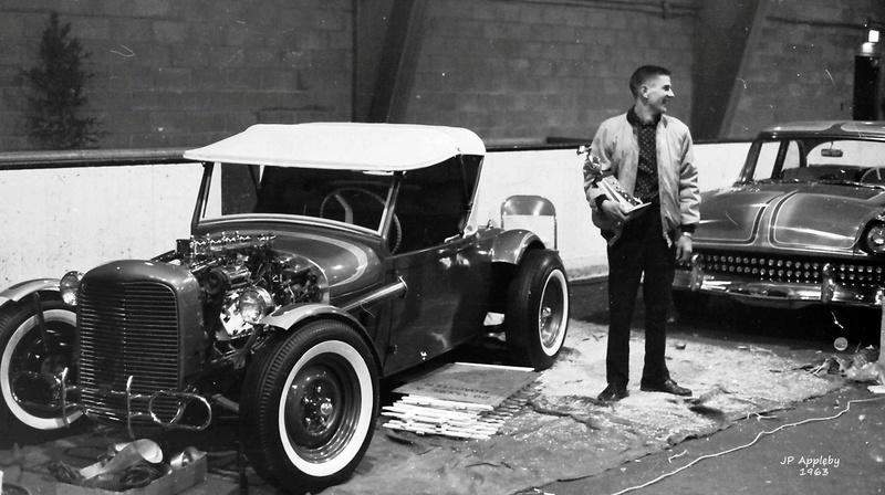 Vintage Car Show - Page 18 12909510