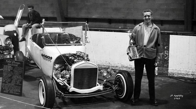 Vintage Car Show - Page 17 12967210