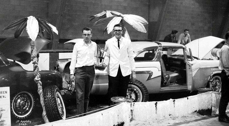 Vintage Car Show - Page 17 12968110