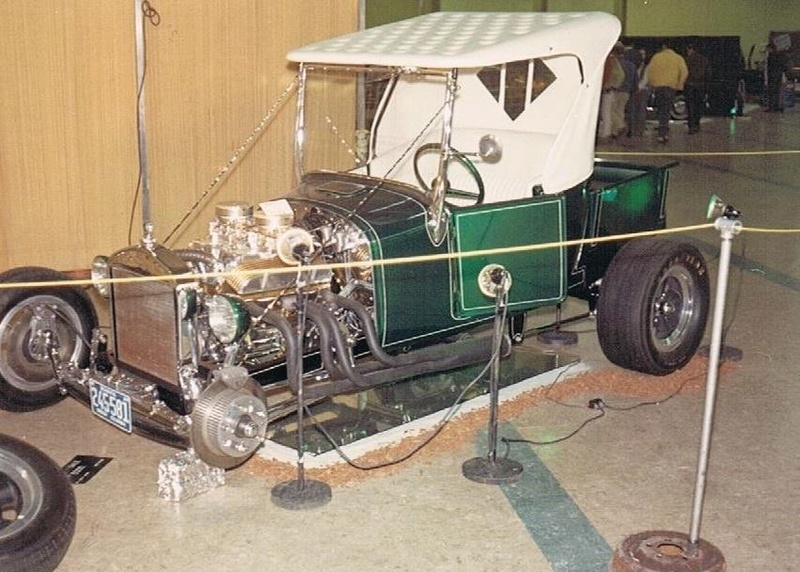 Vintage Car Show - Page 18 12986910