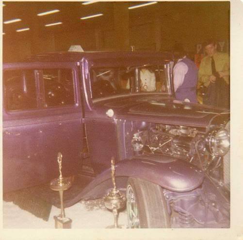 Vintage Car Show - Page 17 13166110