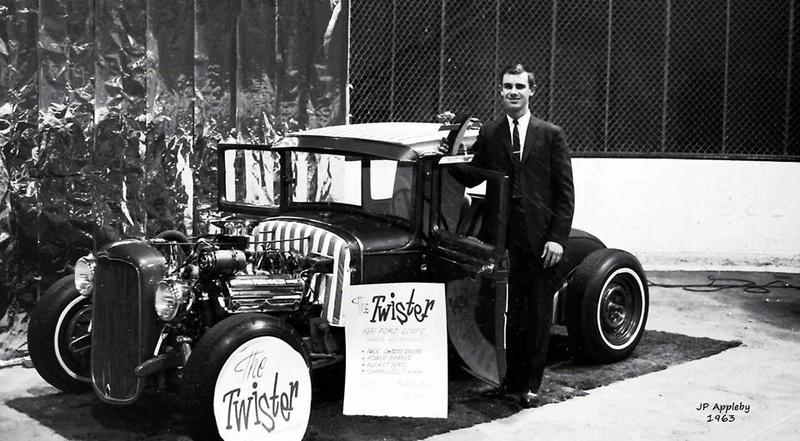 Vintage Car Show - Page 18 13343010