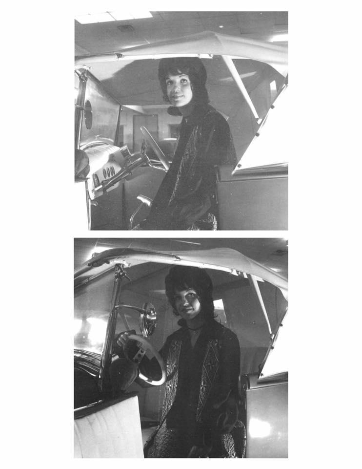 Vintage Car Show - Page 18 13494710