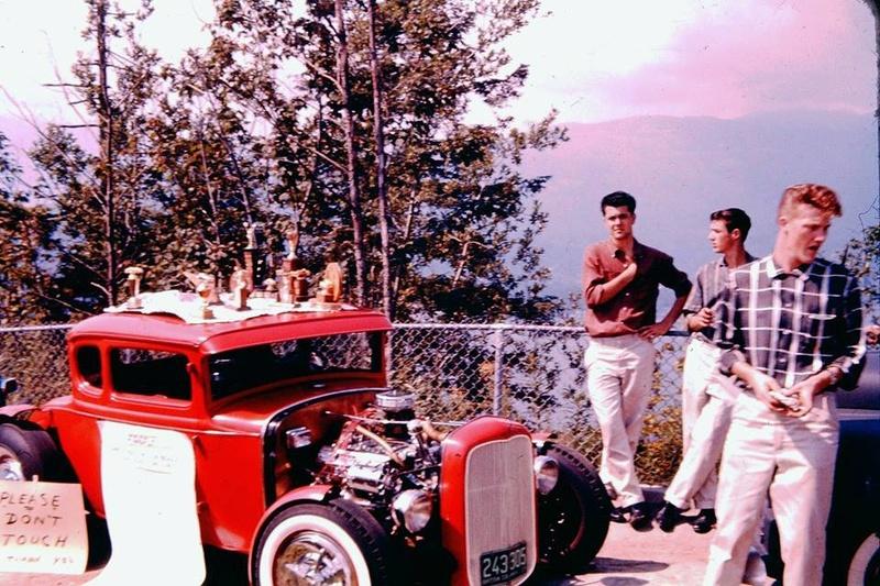 Vintage Car Show - Page 18 13707610