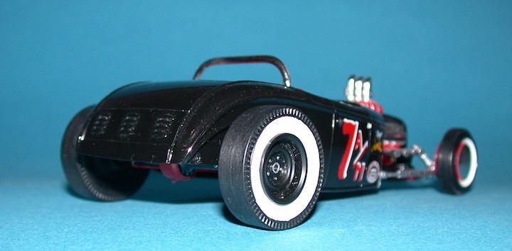 Vintage built automobile model kit survivor - Hot rod et Custom car maquettes montées anciennes - Page 6 14264910