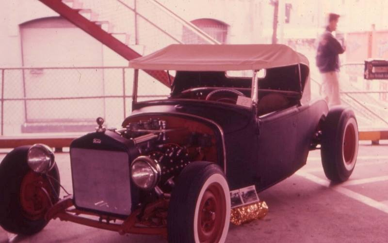 Vintage Car Show - Page 18 14316811