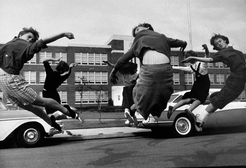 1950s and 1960s teenagers 14352310