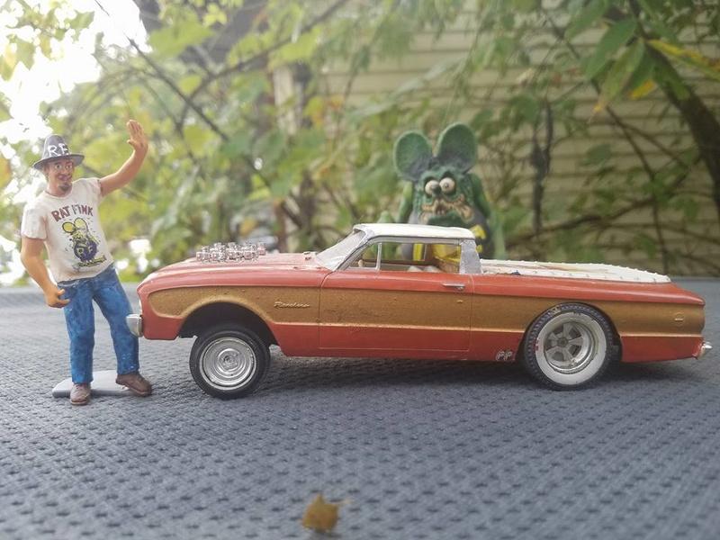 Vintage built automobile model kit survivor - Hot rod et Custom car maquettes montées anciennes - Page 6 14485010