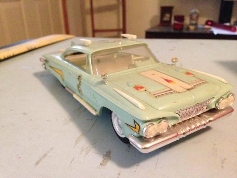 Vintage built automobile model kit survivor - Hot rod et Custom car maquettes montées anciennes - Page 6 14671110