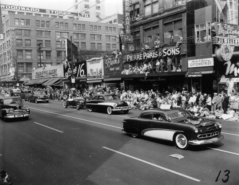 custom cars in the street ( 1950's & 1960's) - Page 4 14707810