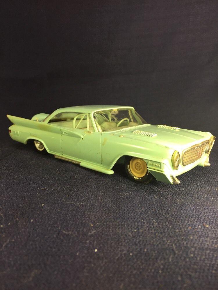 Vintage built automobile model kit survivor - Hot rod et Custom car maquettes montées anciennes - Page 6 225