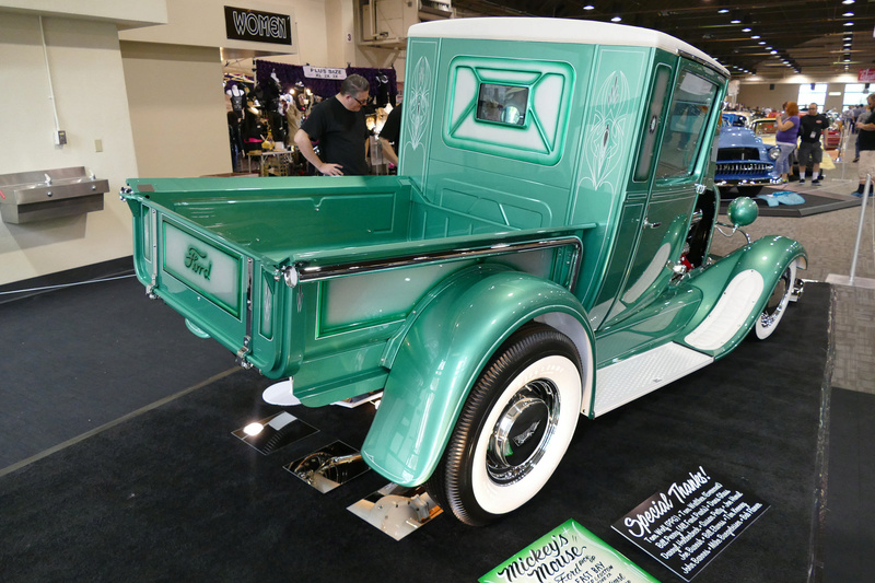 1929 Ford pick up - Michey's Mouse 24271511