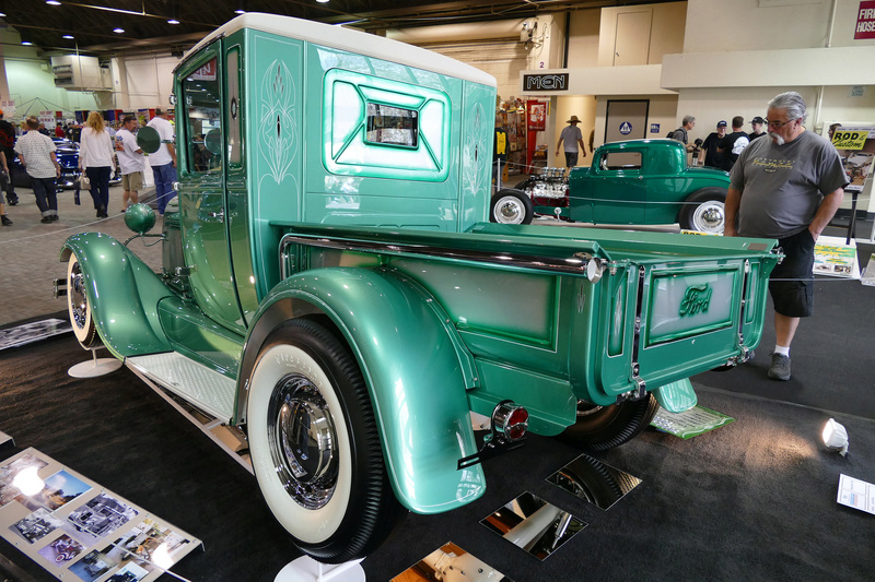 1929 Ford pick up - Michey's Mouse 24805010