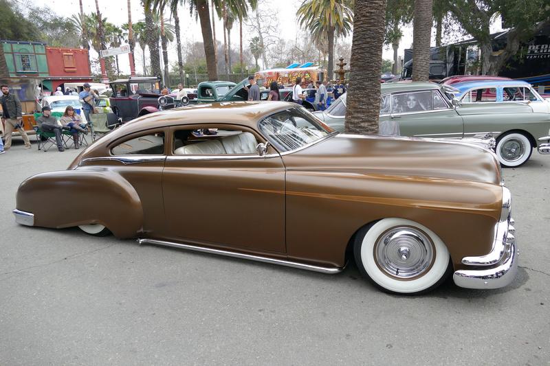 Pontiac 1949 - 54 custom & mild custom - Page 3 24836810