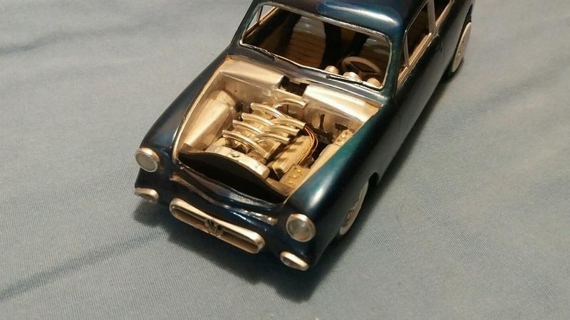 Vintage built automobile model kit survivor - Hot rod et Custom car maquettes montées anciennes - Page 6 249