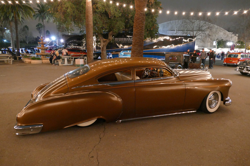 Pontiac 1949 - 54 custom & mild custom - Page 3 25132411