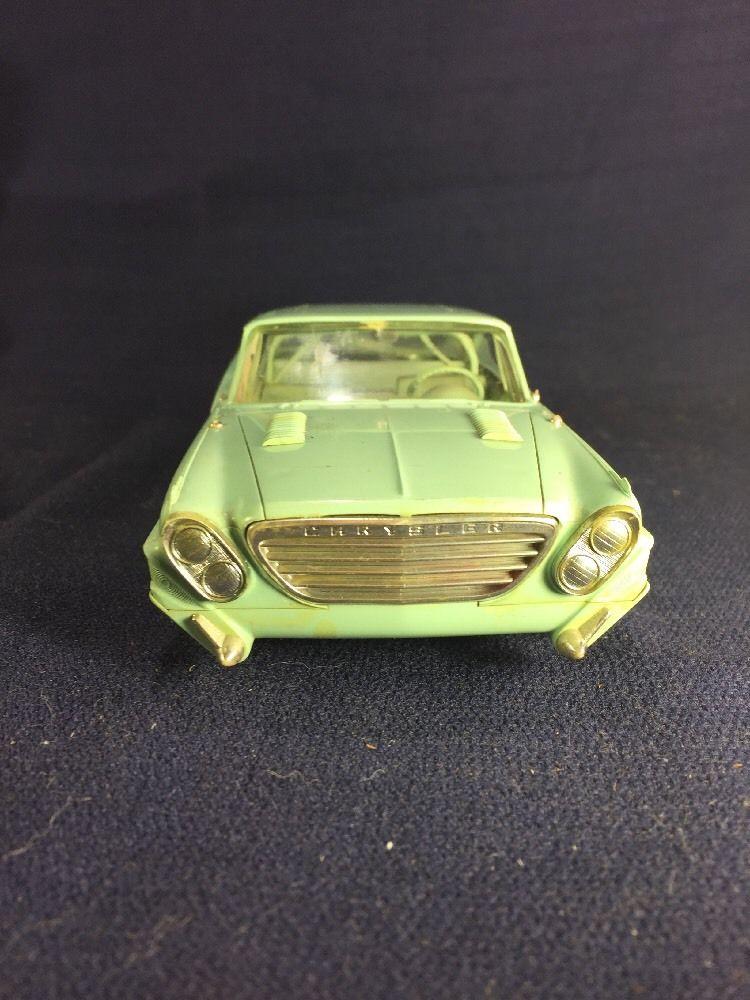 Vintage built automobile model kit survivor - Hot rod et Custom car maquettes montées anciennes - Page 6 323