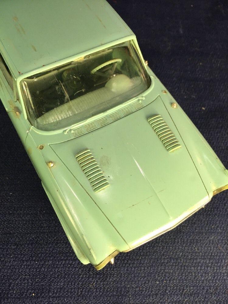 Vintage built automobile model kit survivor - Hot rod et Custom car maquettes montées anciennes - Page 6 521