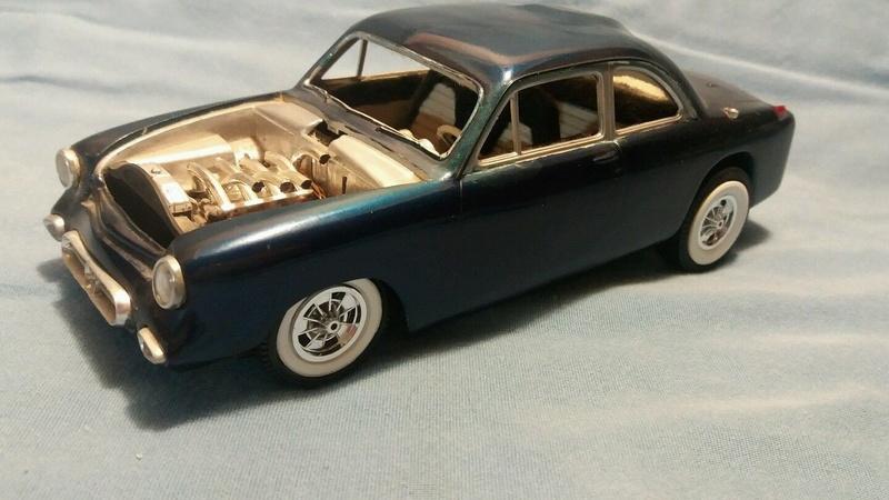 Vintage built automobile model kit survivor - Hot rod et Custom car maquettes montées anciennes - Page 6 _5714
