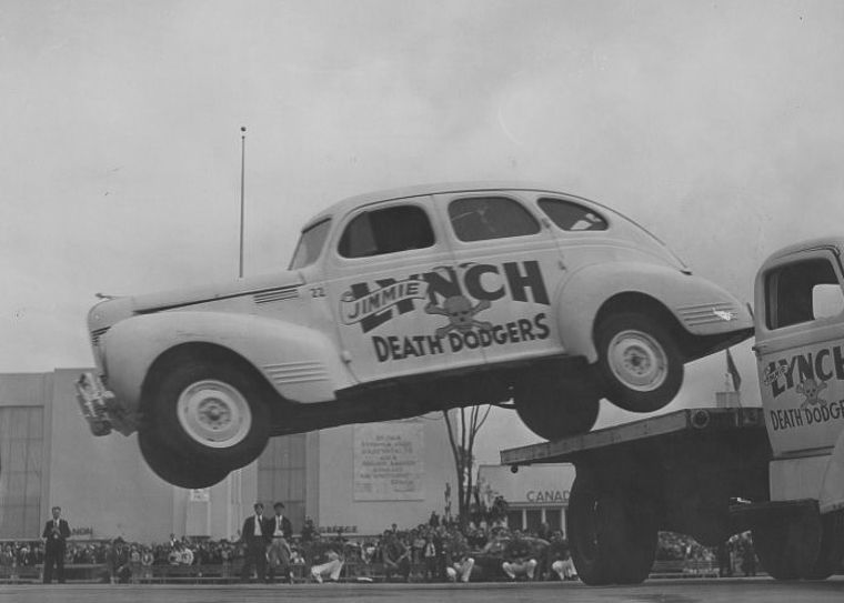 """Daredevil Jimmie Lynch and his """"Death Dodgers"""" Http_a19"""