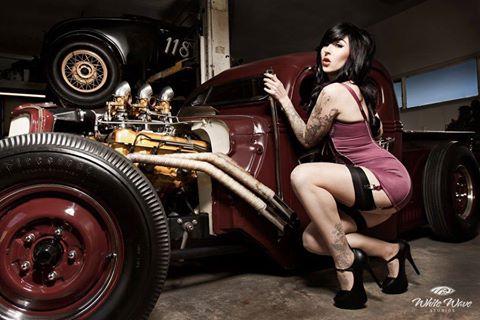 Hot Rod Pinup  14238110