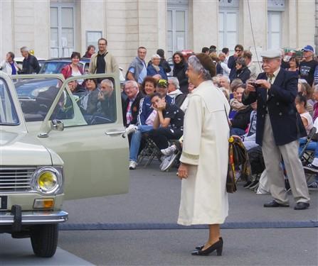 9e Festival de Voitures Anciennes à Dourdan, 2 octobre 2016 Fvadou39