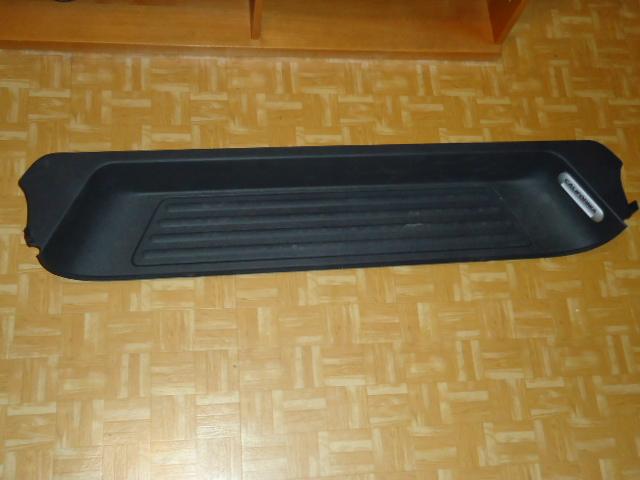 vds marche pied porte laterale droit version california Dsc00413