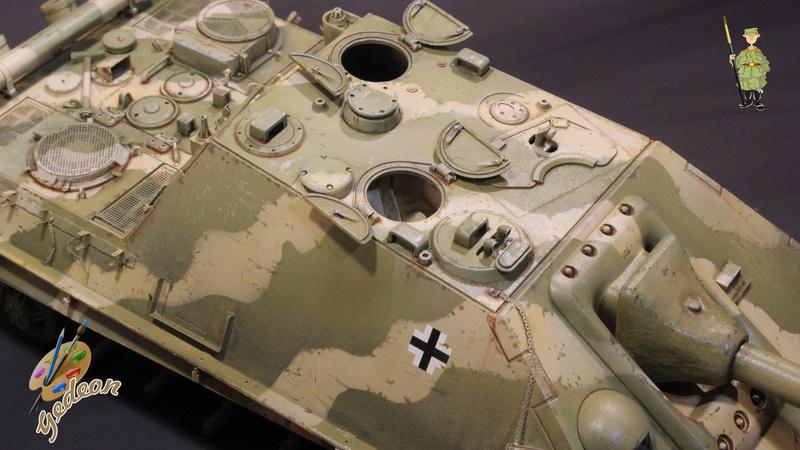 Jagdpanther Sd.Kfz.173 – 1/35ème Dragon - Equipage terminé - Page 2 7_bros18