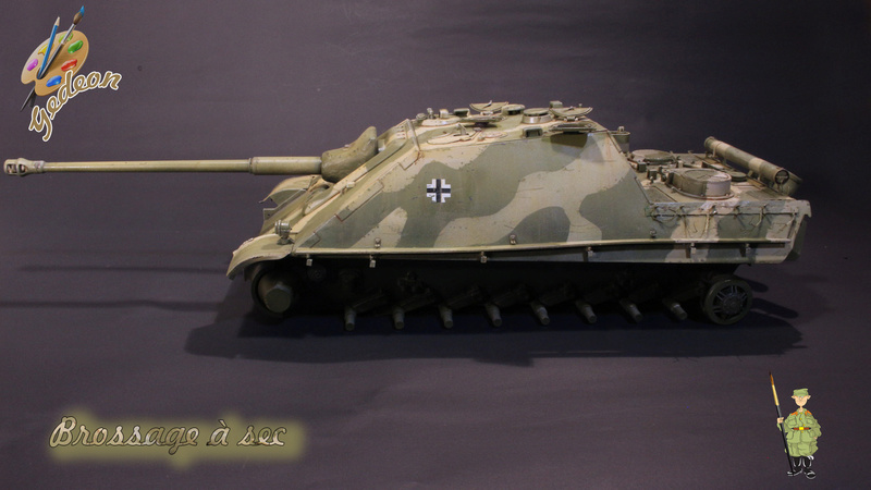 Jagdpanther Sd.Kfz.173 – 1/35ème Dragon - Equipage terminé - Page 2 7_bros19