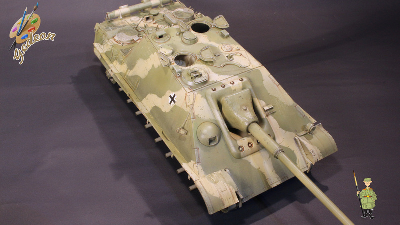 Jagdpanther Sd.Kfz.173 – 1/35ème Dragon - Equipage terminé - Page 2 7_bros29