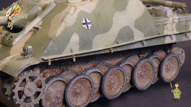 Jagdpanther Sd.Kfz.173 – 1/35ème Dragon - Equipage terminé - Page 3 8_trai17
