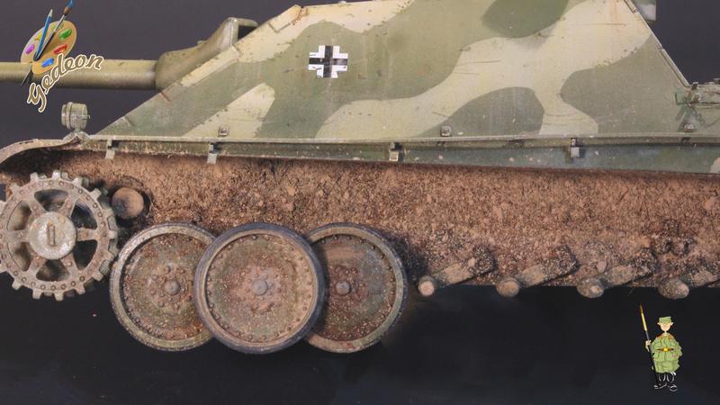 Jagdpanther Sd.Kfz.173 – 1/35ème Dragon - Equipage terminé - Page 3 8_trai18