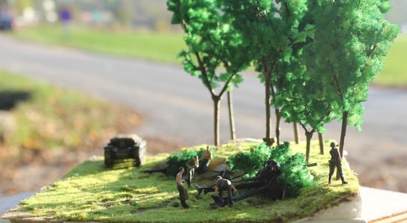 Diorama d'un leFH 18 en batterie au 1/72 Thumb129