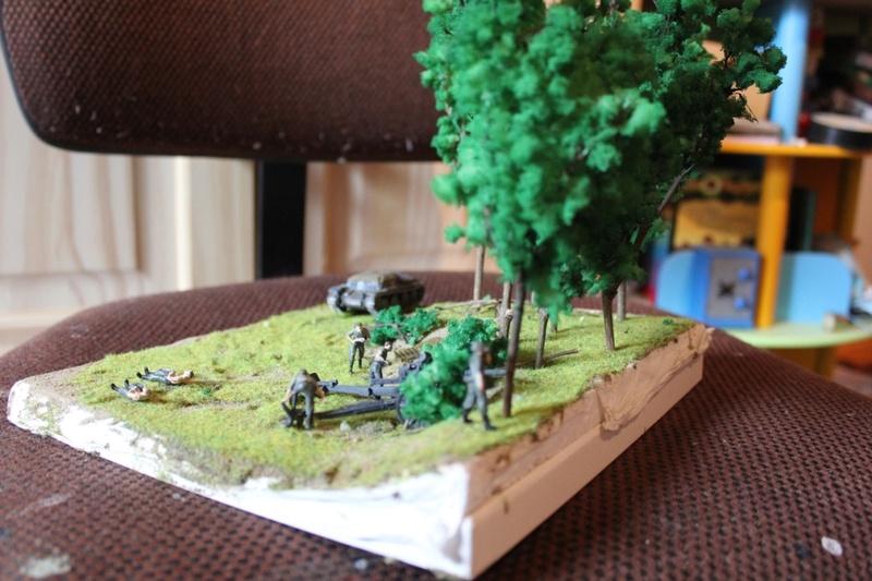 Diorama d'un leFH 18 en batterie au 1/72 Thumb_85