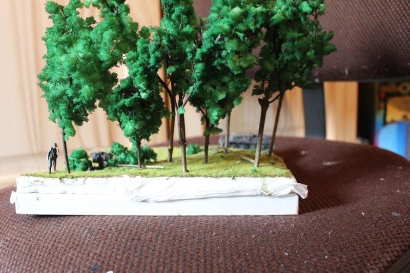 Diorama d'un leFH 18 en batterie au 1/72 Thumb_86