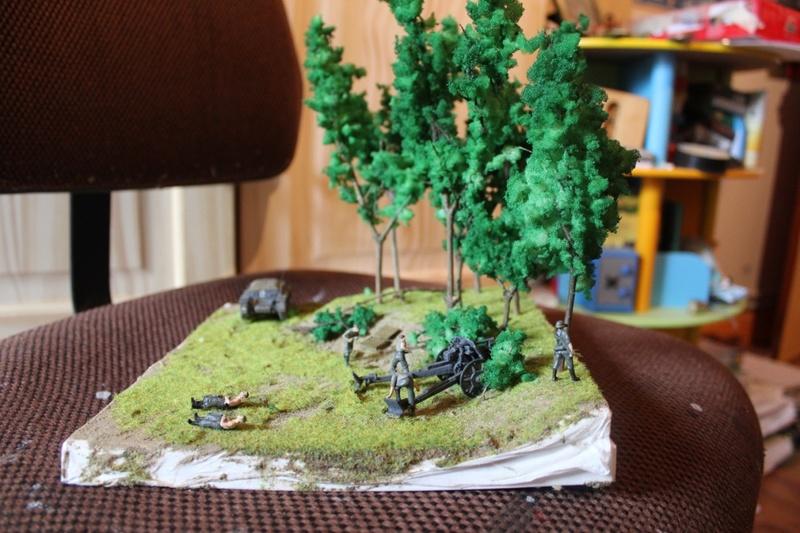 Diorama d'un leFH 18 en batterie au 1/72 Thumb_91