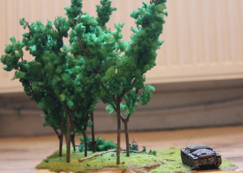 Diorama d'un leFH 18 en batterie au 1/72 Thumb_93