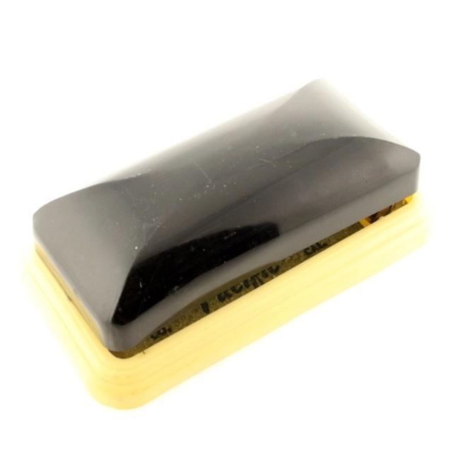 Shave Oddity : le fil du rasoir bizarre :D - Page 7 24471510