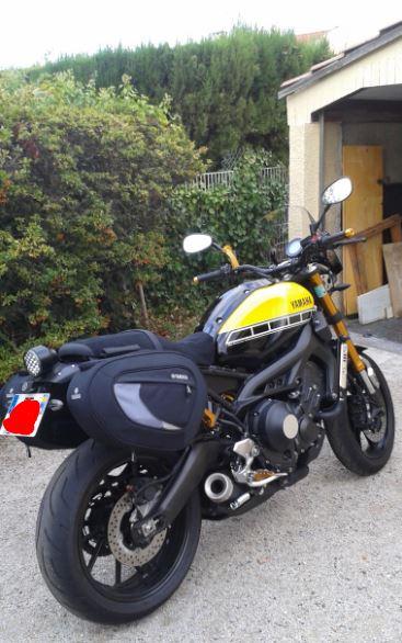 Bulle sport Yamaha XSR 900 210