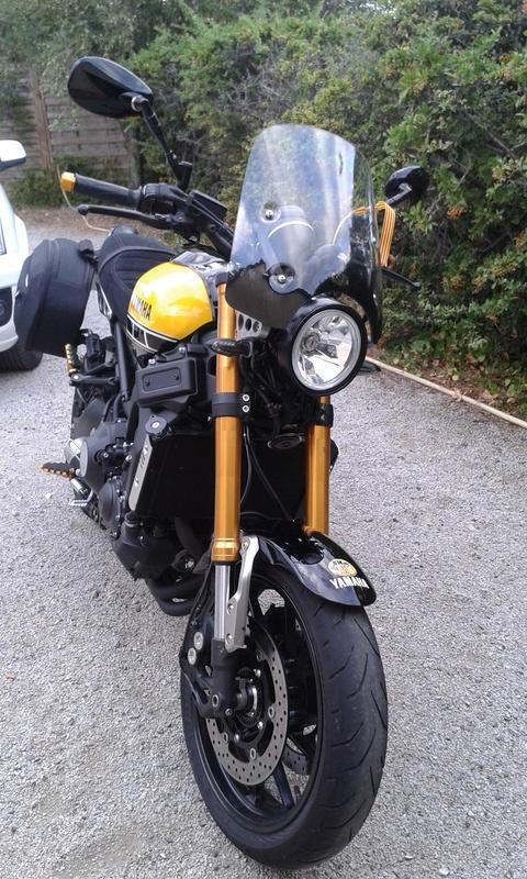 Bulle sport Yamaha XSR 900 410