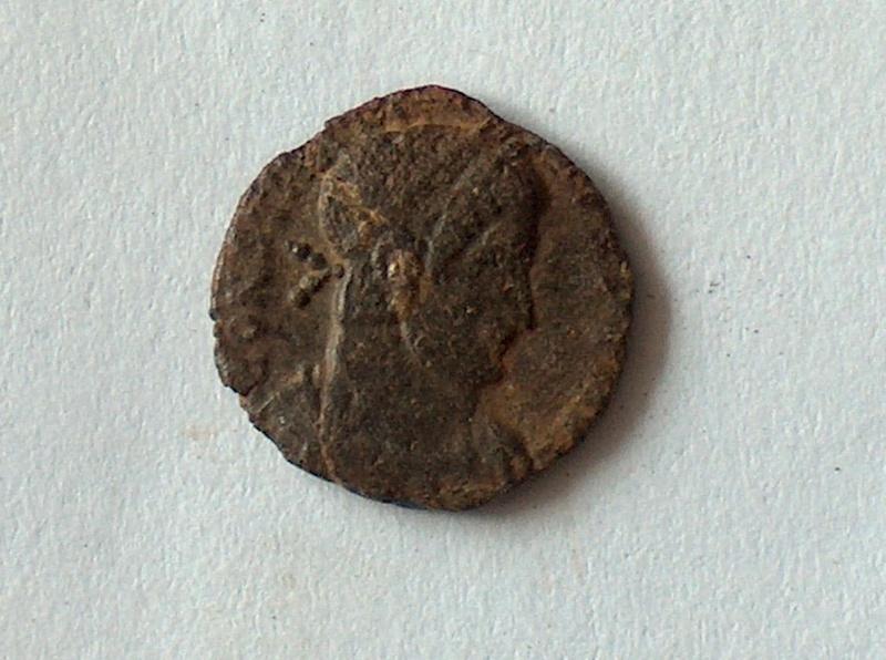 Petit bronze Constance II 15 1510